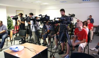 How to Write a Press Release that Gets Attention from Reporters