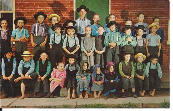 visual writing prompts - Amish schoolchildren