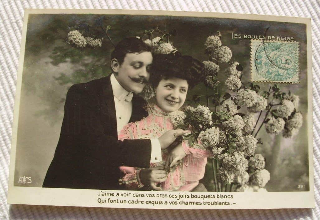 visual writing prompts - vintage french postcard