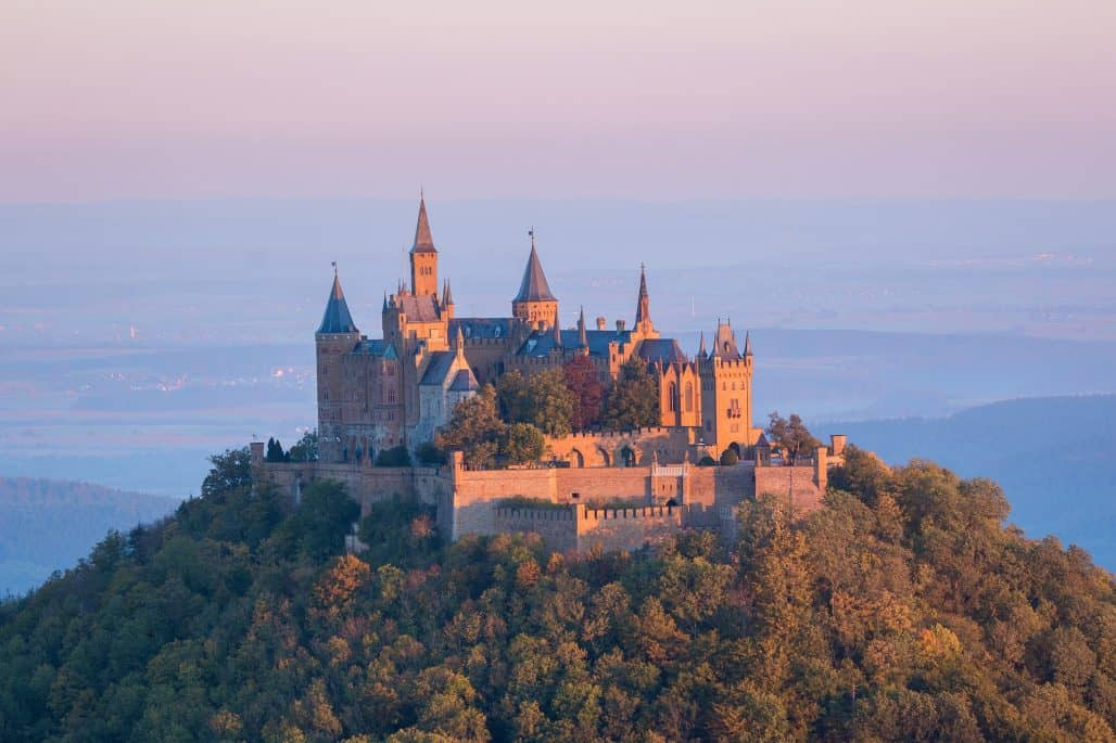how to get a writers residency at a castle