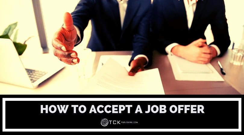 How to Accept a Job Offer: What to Look for and How to Seal the Deal